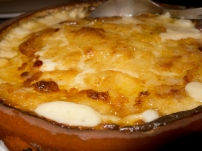 Heaven in a bowl. Gratin Dauphinois